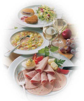 Höhenrainer-Putenwurst-Puten-Sortiment-Tisch