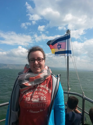 Theresa auf dem See Genezareth