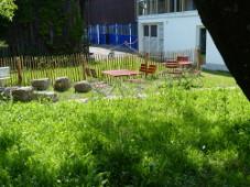 Höhenrainer-Delikatessen-Putenwurst-Firma-Naturgarten