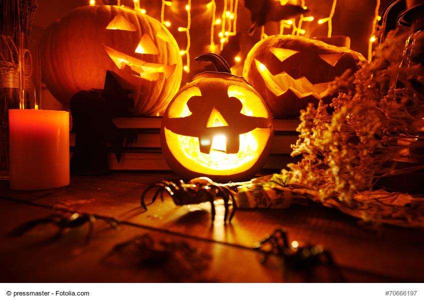 happy halloween morgen wird s gruselig h henrainer. Black Bedroom Furniture Sets. Home Design Ideas