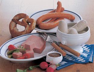 Höhenrainer-Putenwurst-Pute-Wuerstchen-und-Leberkaese